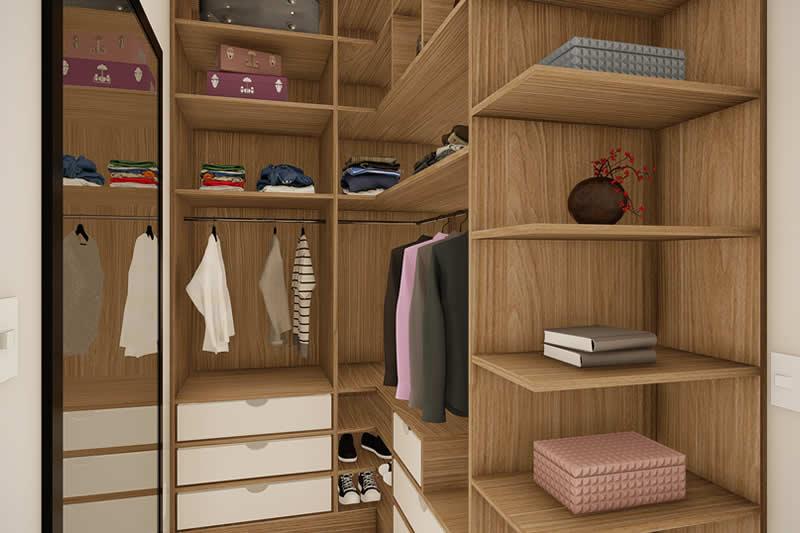 Closet com divisórias em madeira