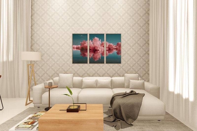 Sala de tv com papel de parede e cortina